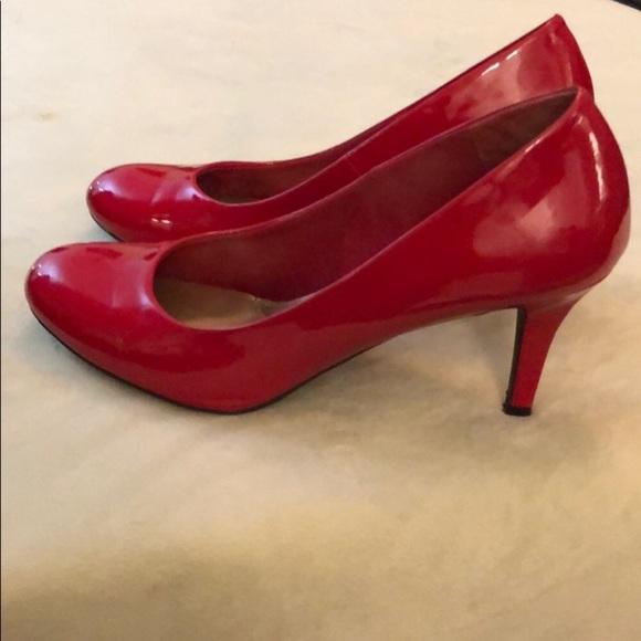 ba7a22d5760 Red Payless Karmen pumps